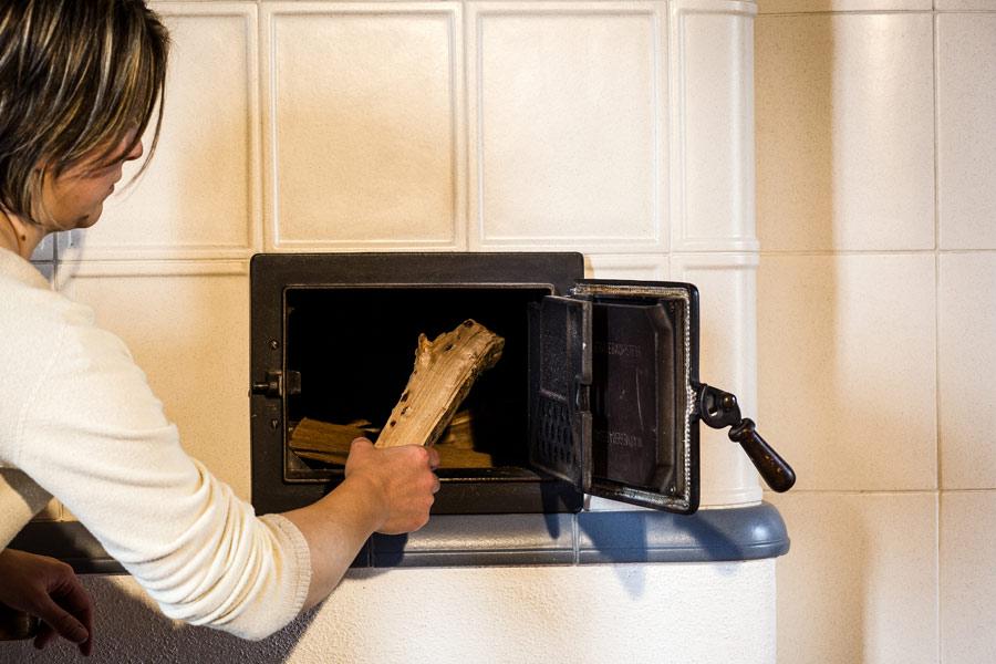 legna per stufa maiolica